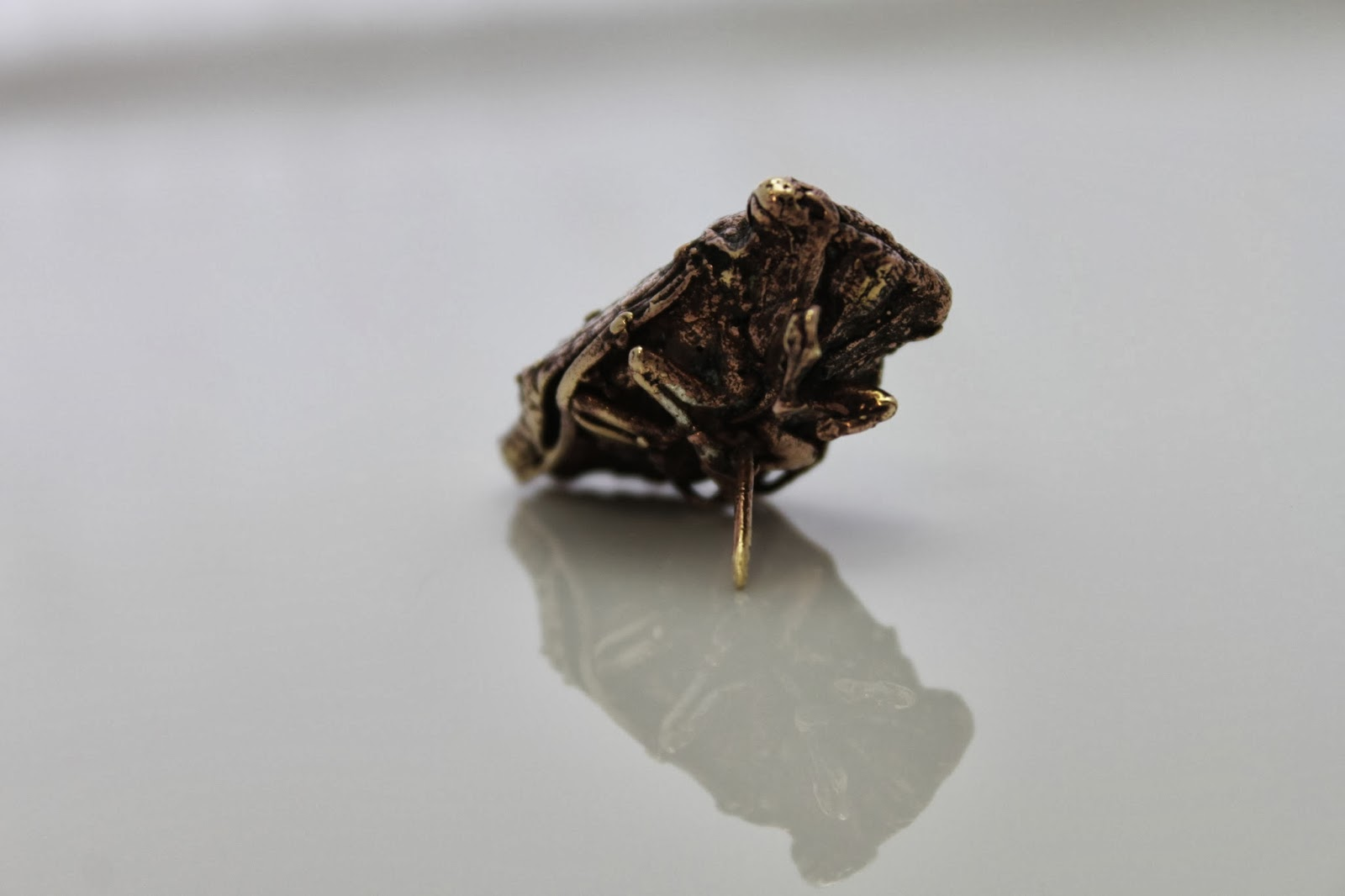 cicada cast nugold pin brooch art rustic rough