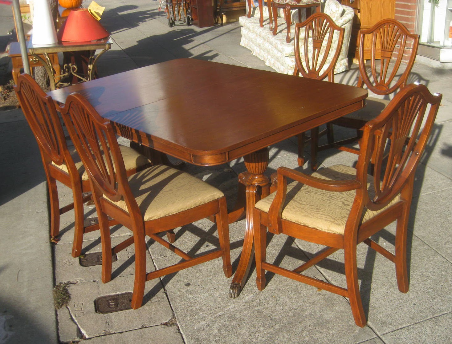 SOLD   Duncan Phyfe Table And 5 Chairs   $145 Part 86