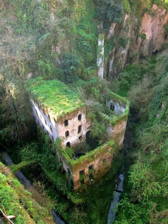 италия заброшенные места