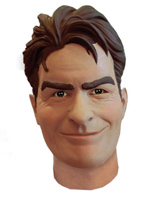 la máscara de charlie sheen