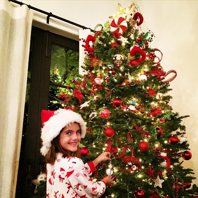 The Best Of Celebrity Christmas Trees @alessandraambrosio - Cool Chic Style Fashion