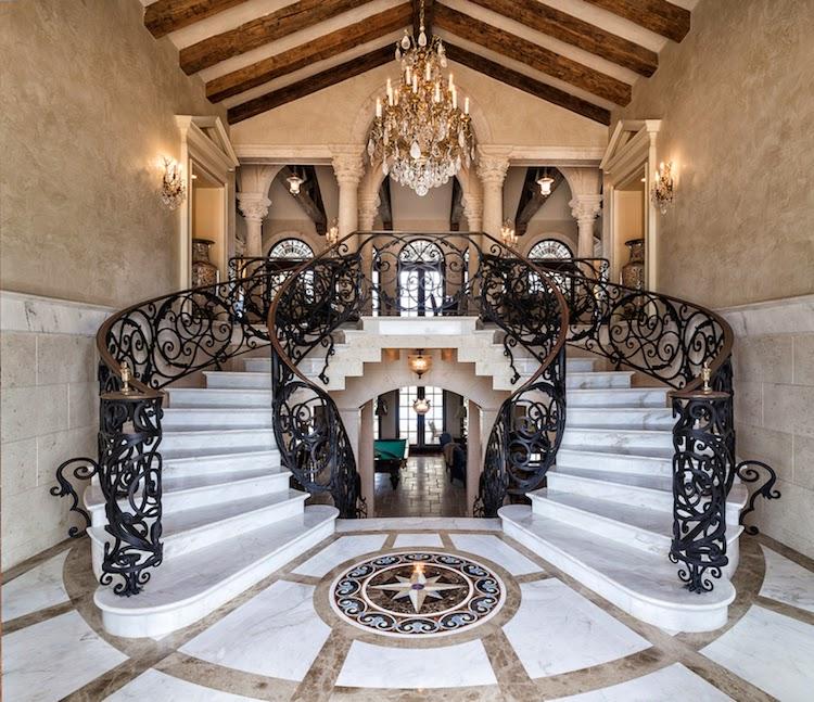 Elegant Mansion Foyers: Grand Foyers