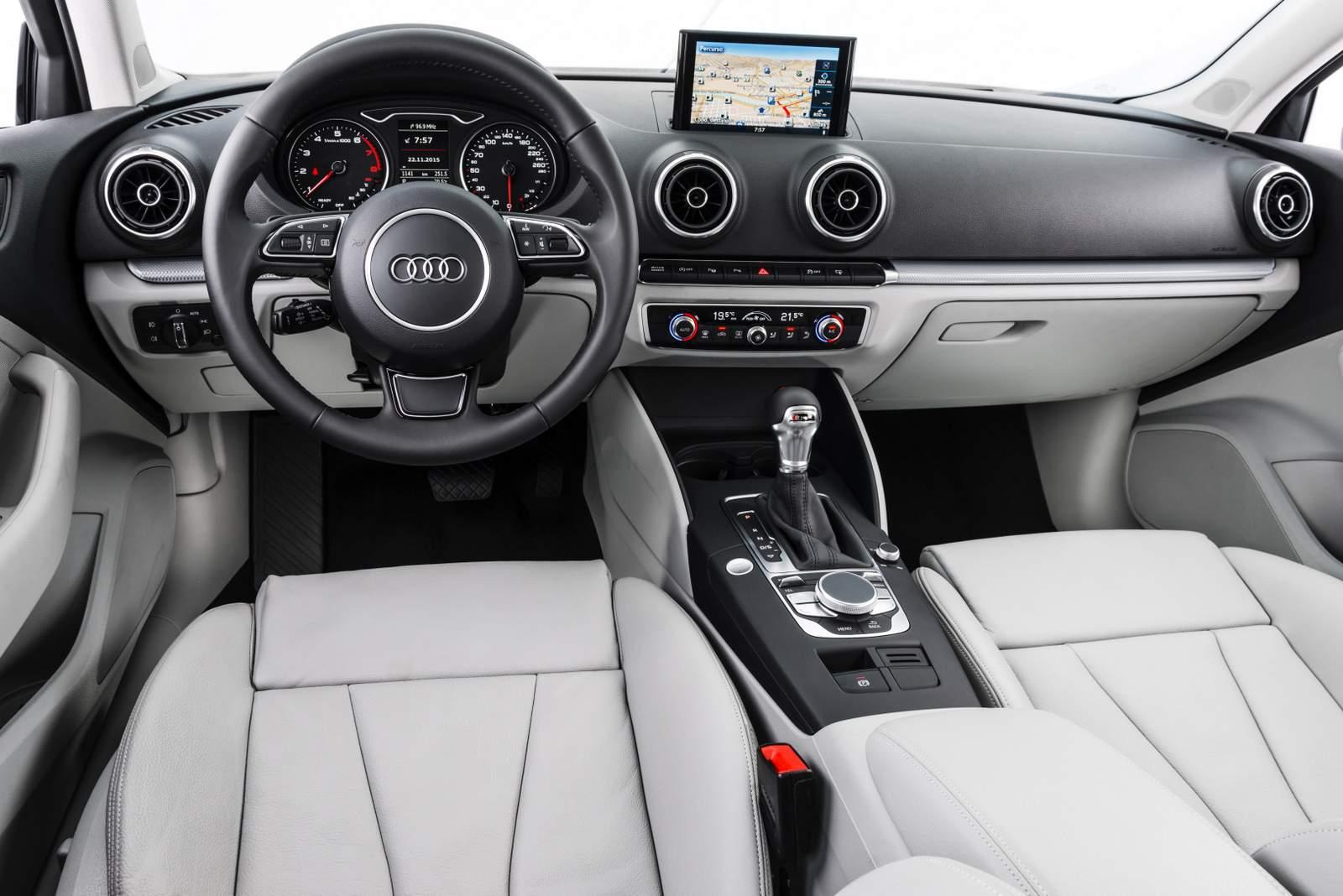 Audi A3 Sedan 2.0 Ambition 2016 - interior