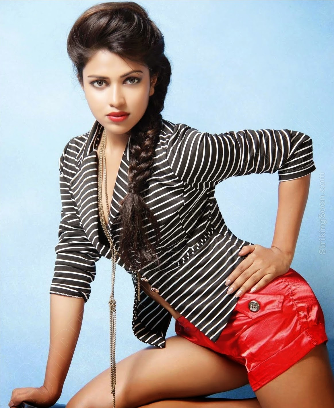 Amala Paul HD wallpapers Free Download
