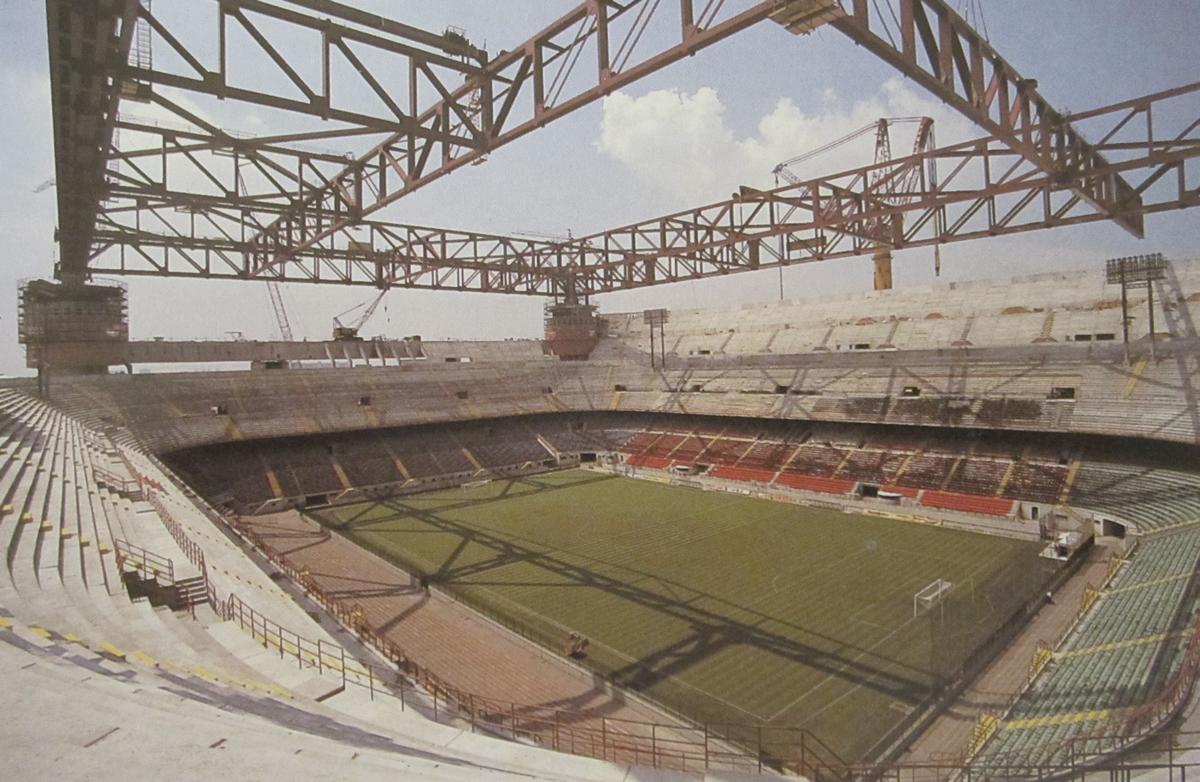 AC Milan - Một bộ máy lỗi thời