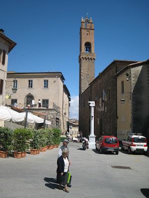 Montalcino piazza Garibaldi, theater (teatro degli Astrusi) and the old town hall (location of the tourist office)