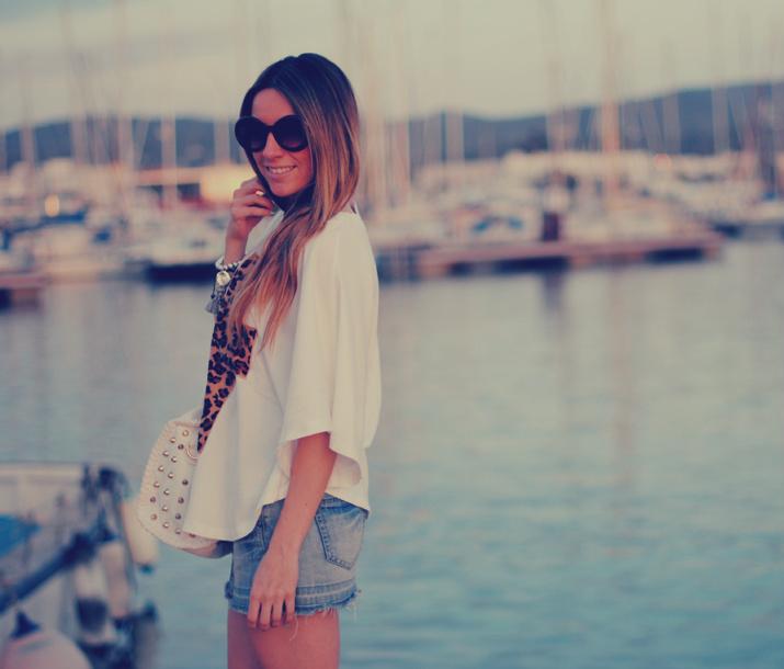 Blog de moda outfit con camiseta cruz