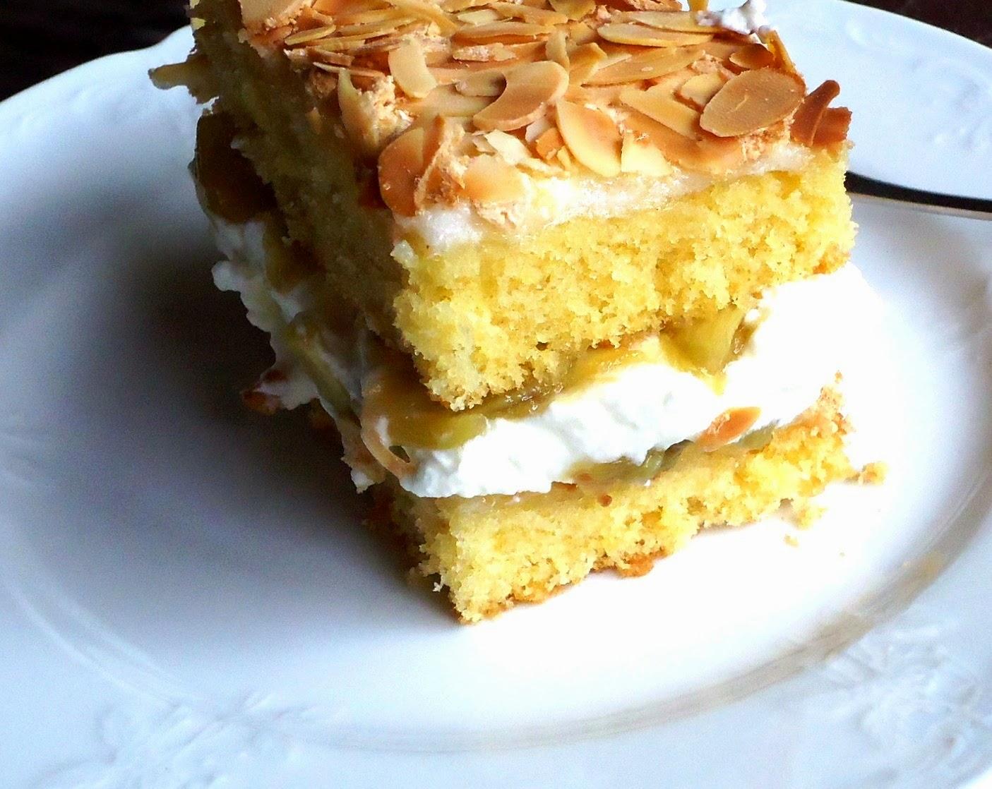 Kuchen rhabarber sahne