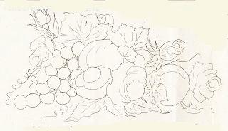 rosas com pessegos e uvas