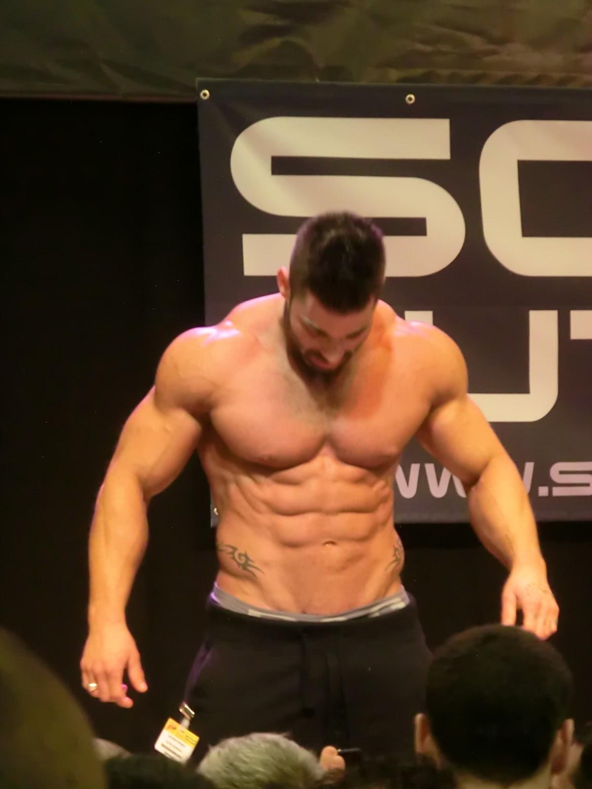 Gr gory capra les stars au salon du body fitness - Salon body body paris ...
