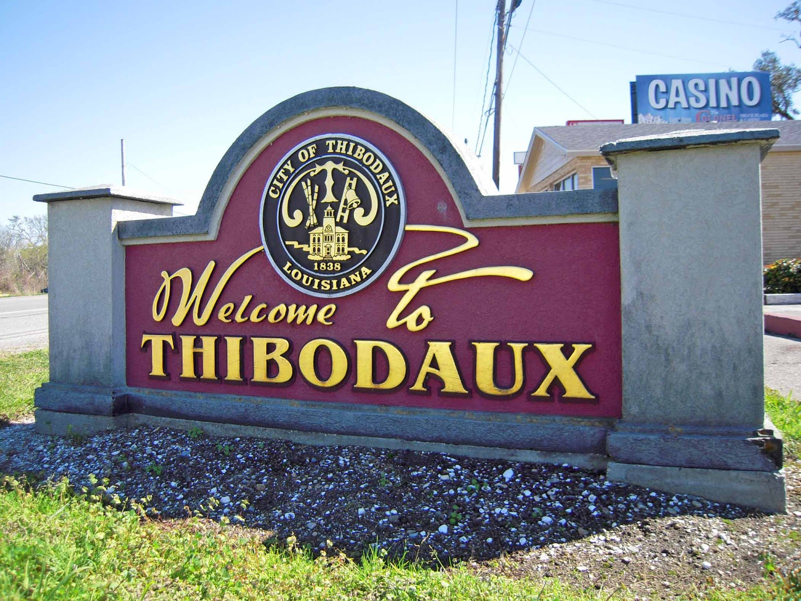 thibodaux dating Search for local single senior women in thibodaux online dating brings singles together who may never otherwise meet it's a big world and the seniorpeoplemeetcom community wants to help you connect with singles in your area.