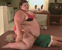 ssbbw jumps on dude.mp4 snapshot 02.54 %255B2012.06.20 20.02.46%255D Squashing & Facesitting clip