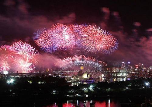Pesata Kembang Api Tahun Baru 2013 di Berbagai Negara