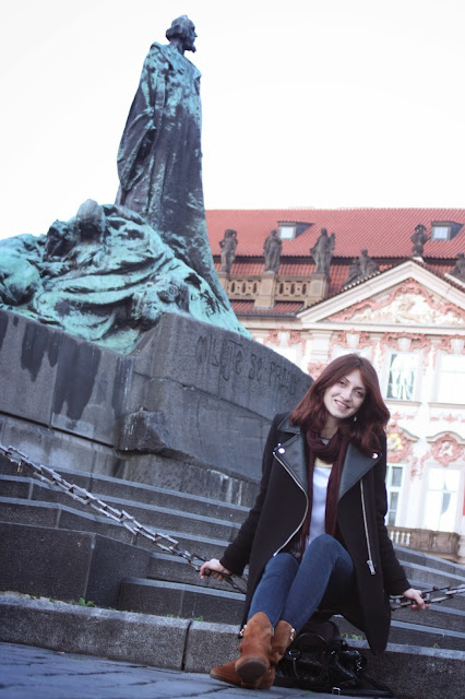 Аня и гуситы:) Прага, Чехия. Prague, Czech republic