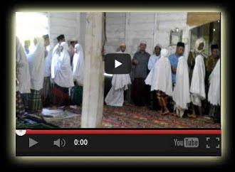 Maaf-maafan Lebaran di Masjid Nurul Iman, Baringin - AT