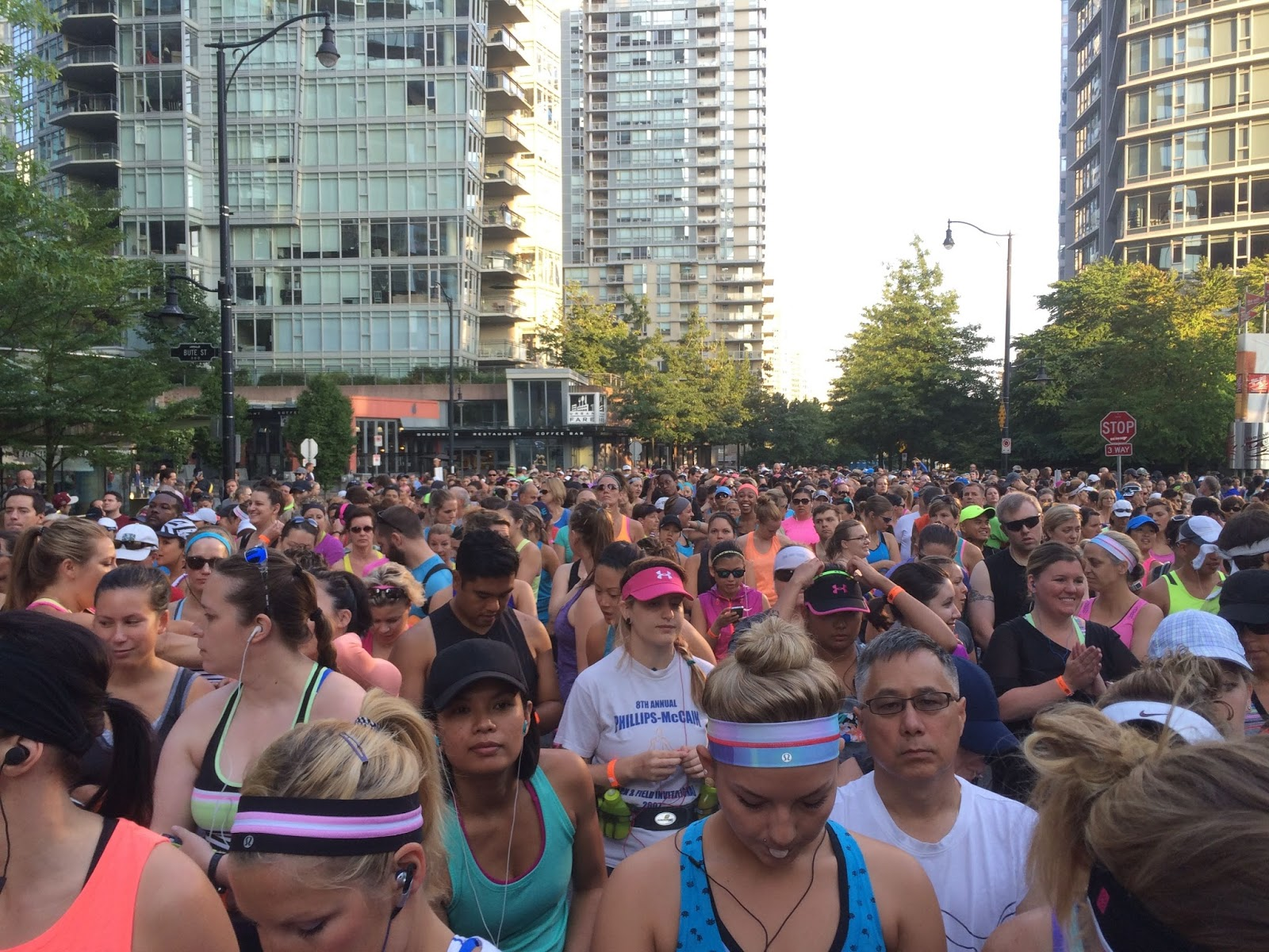 lululemon 2014 Sea Wheeze half marathon start corral