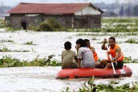 560 νεκροί,πλημμύρες,Ινδία,κόσμος