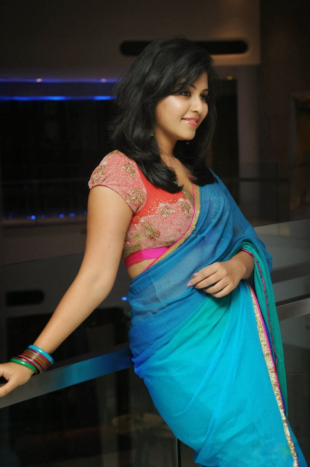 Anjali spicy photo sin saree, Anjali spicy pics