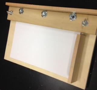 Bikin Sendiri Plong Kertas 500 lembar (1 Rim) dari Kayu