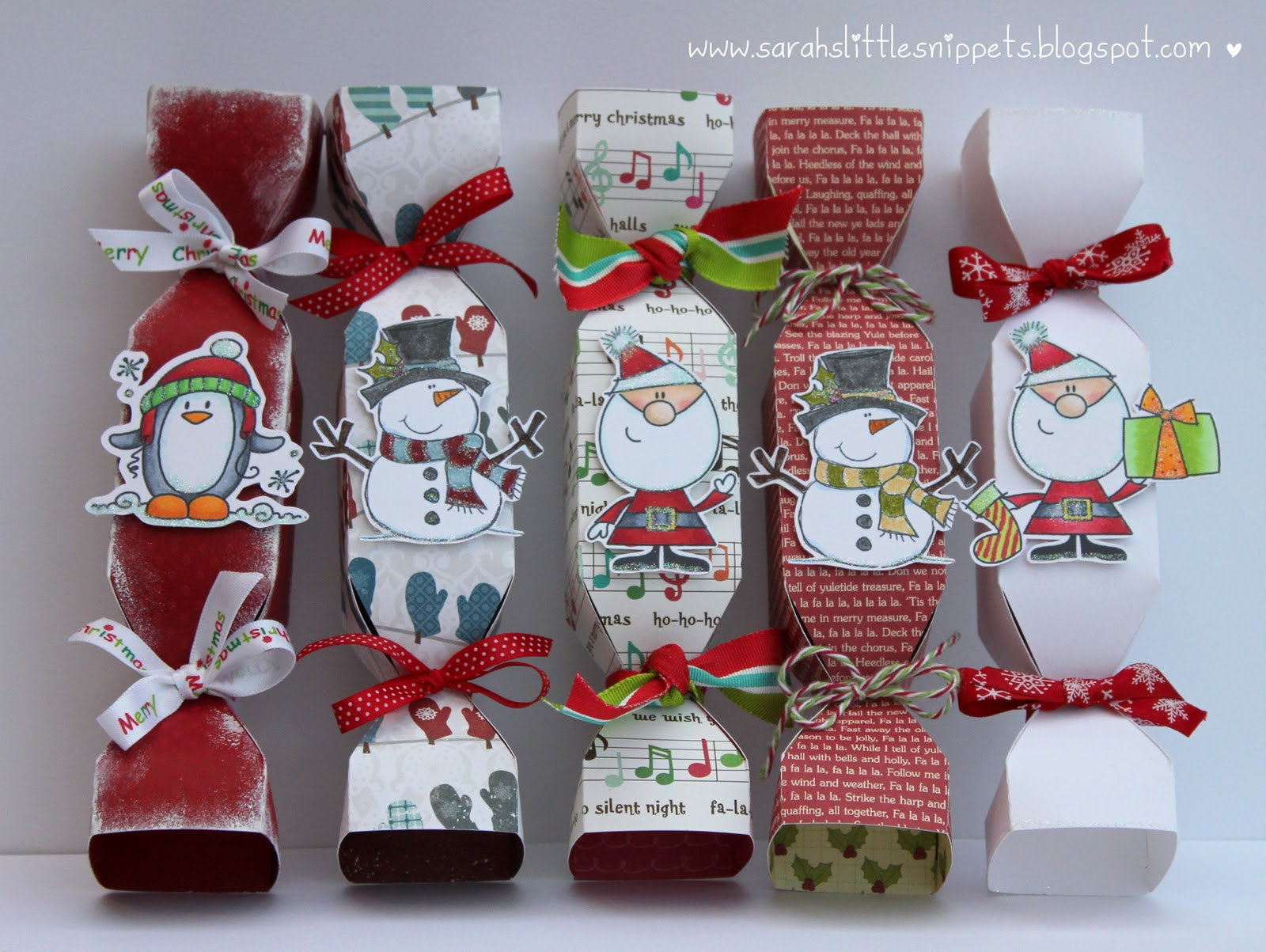 Sarah 39 s little snippets christmas cards and gift bags for Snowman pocket tissues