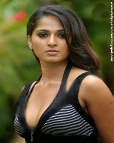 anushka hot photos