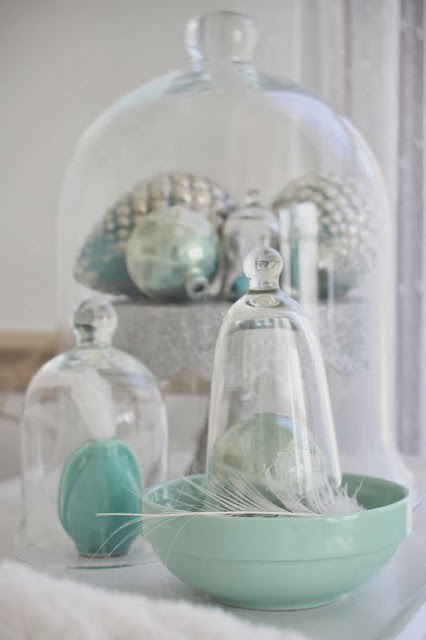 http://erin-artandgardens.blogspot.com/2011/11/aqua-touchespart-i.html