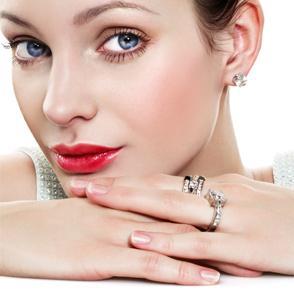 نصائح للتخفيف من احمرار بشرتك  - احمرار الوجه الوجنتين - red face