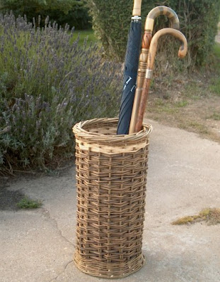 willow umbrella basket / holder