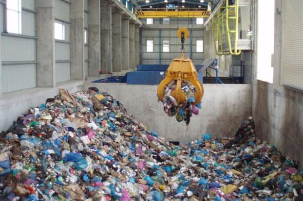 Προς ακύρωση όλοι οι διαγωνισμοί για τα σκουπίδια