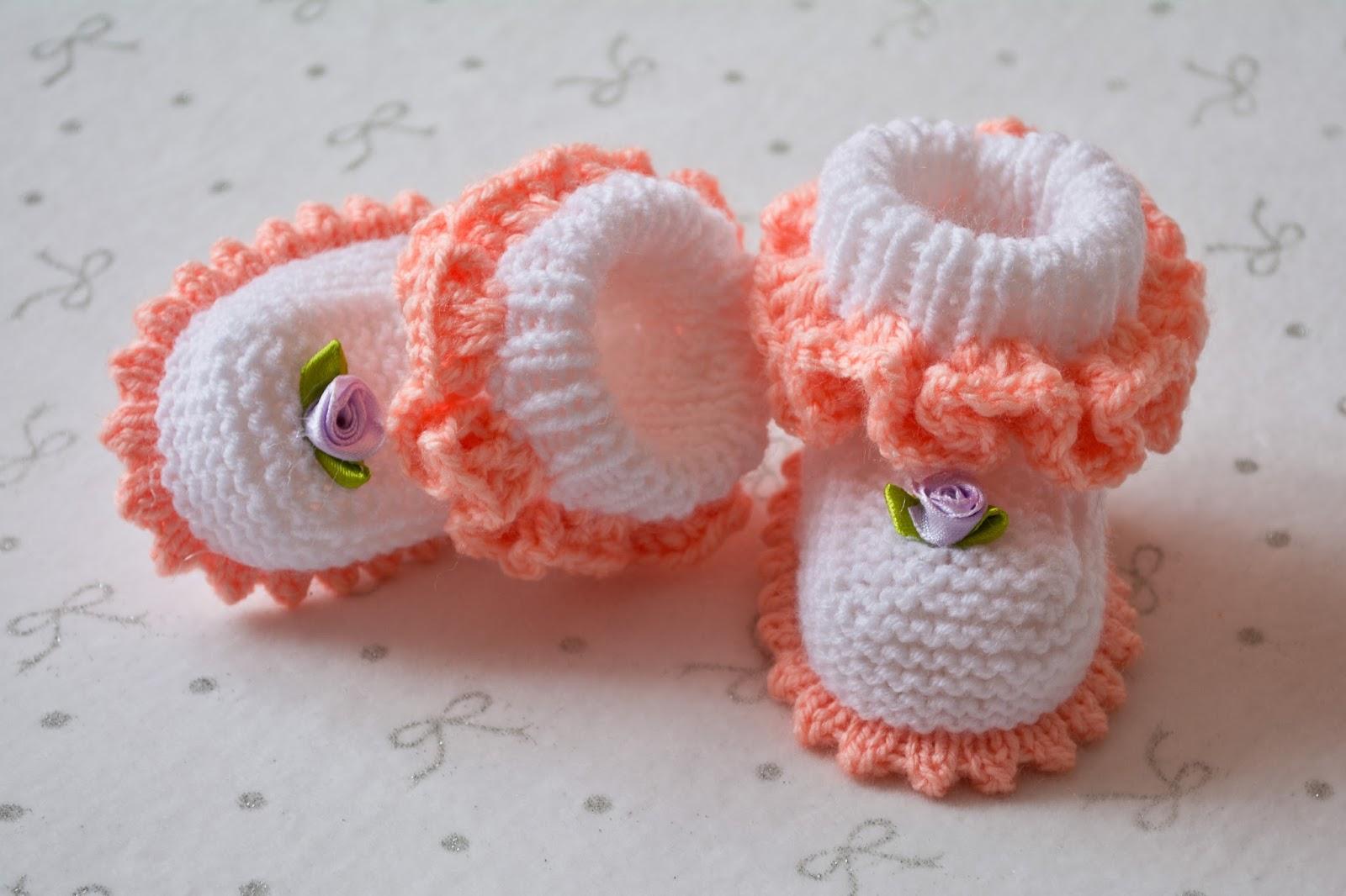 Вязание самых простых пинеток на новорожденных6