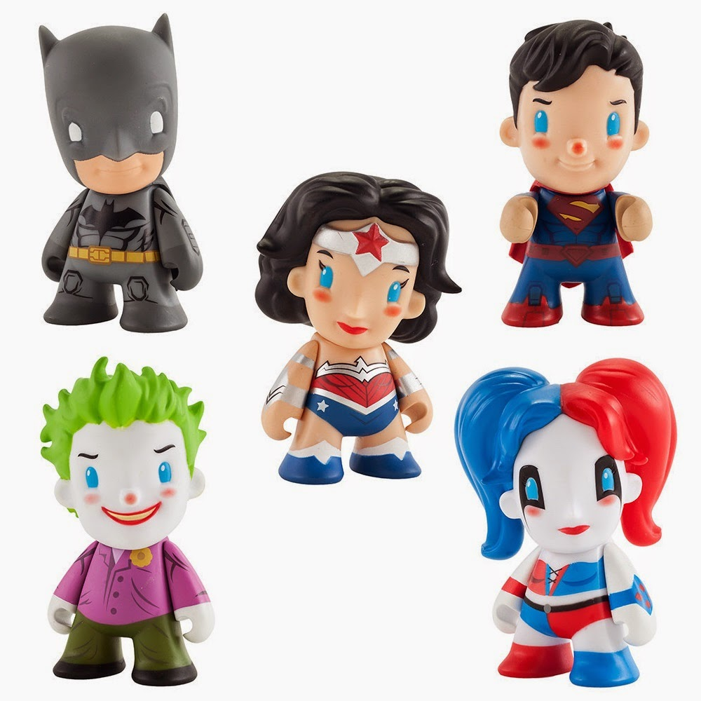 "DC Comics ""New 52"" Blind Box Mini Figure Series by Kidrobot - Batman, Superman, Wonder Woman, The Joker & Harley Quinn"