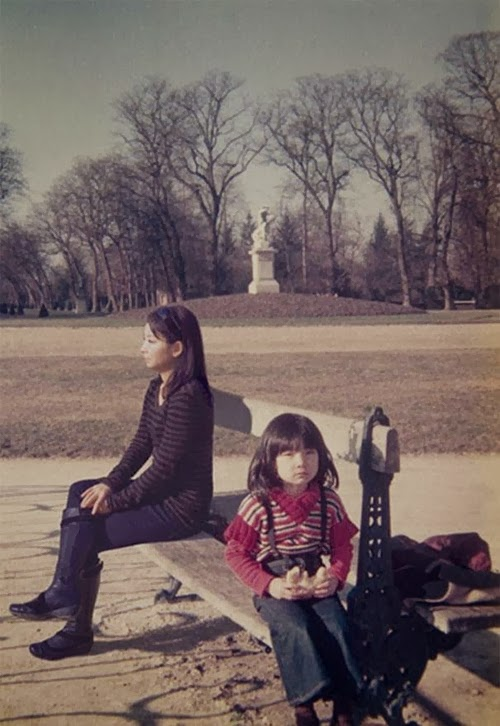 04-1977-and-2009-France-Photographer-Chino-Otsuka-Imagine-Finding-Me-www-designstack-co