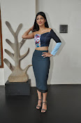Shruti Haasan latest glam pics-thumbnail-6