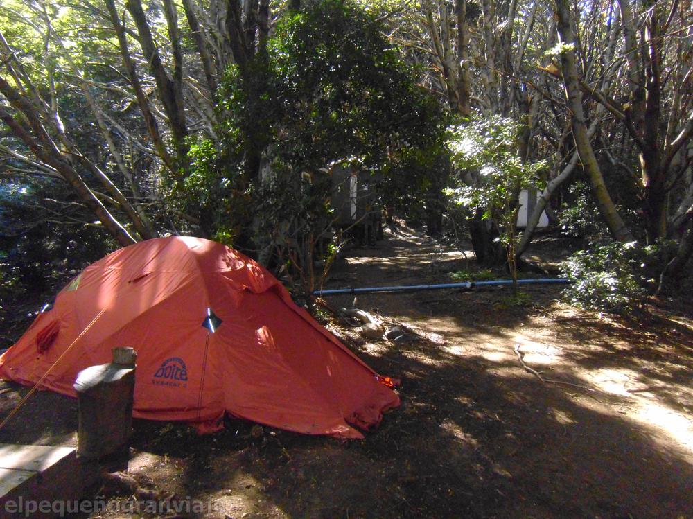 Campamento Italiano, carpa, zona de acampe