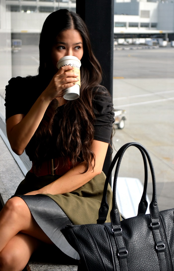 cute comfy airport outfit