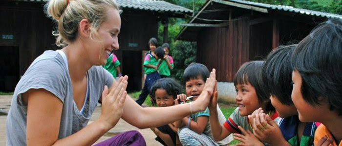 Secrets to Have a Happy and Meaningful Time Volunteering Abroad