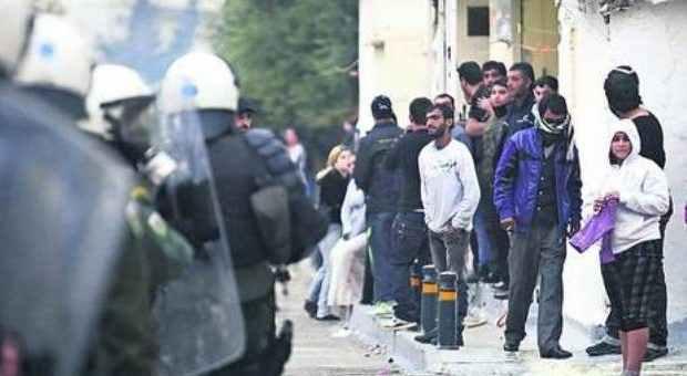 «Σκληρά» μέτρα κατά της εγκληματικότητας των Ρομά: Θα μπαίνουν στο Πανεπιστήμιο χωρίς εξετάσεις!