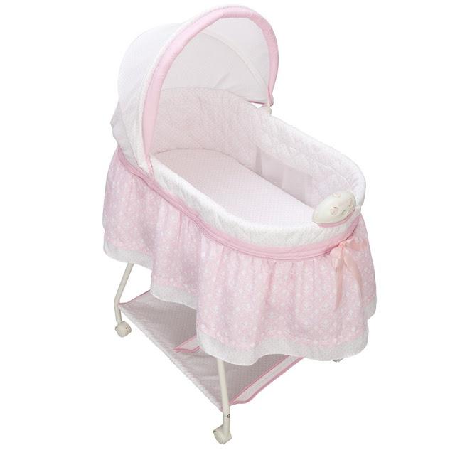 Bassinet Baby Girl3
