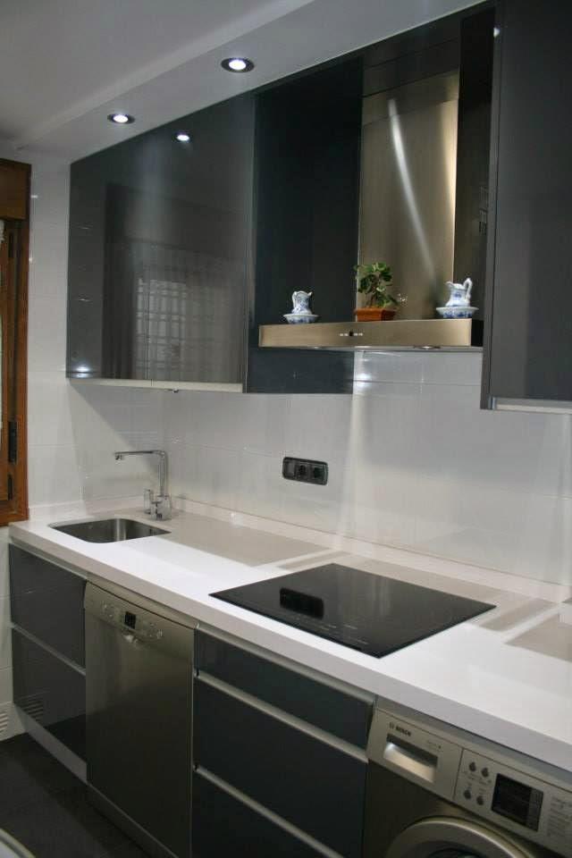 Cocinas alba reforma integral de cocina for Azulejos cocina blanco brillo