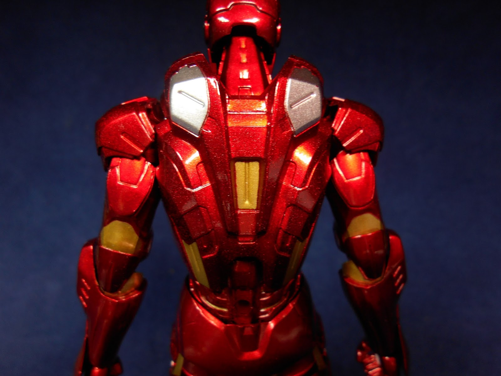 Hot toys iron man mark 7 sideshow collectibles