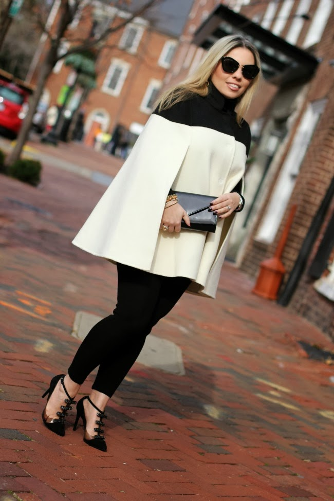 banana republic cream and black cape