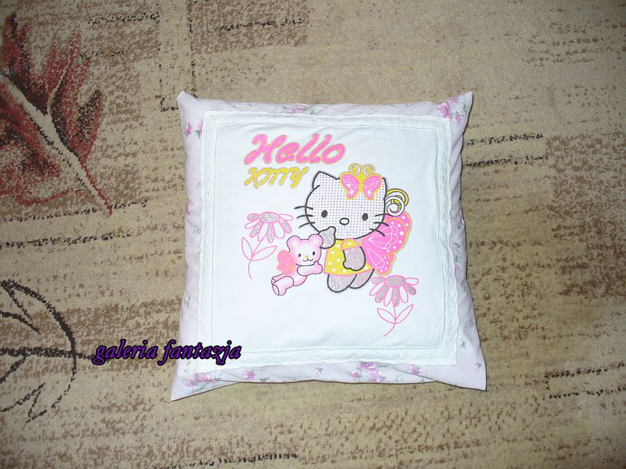 Poszewka Hello Kitty/ Hello Kitty pillow case