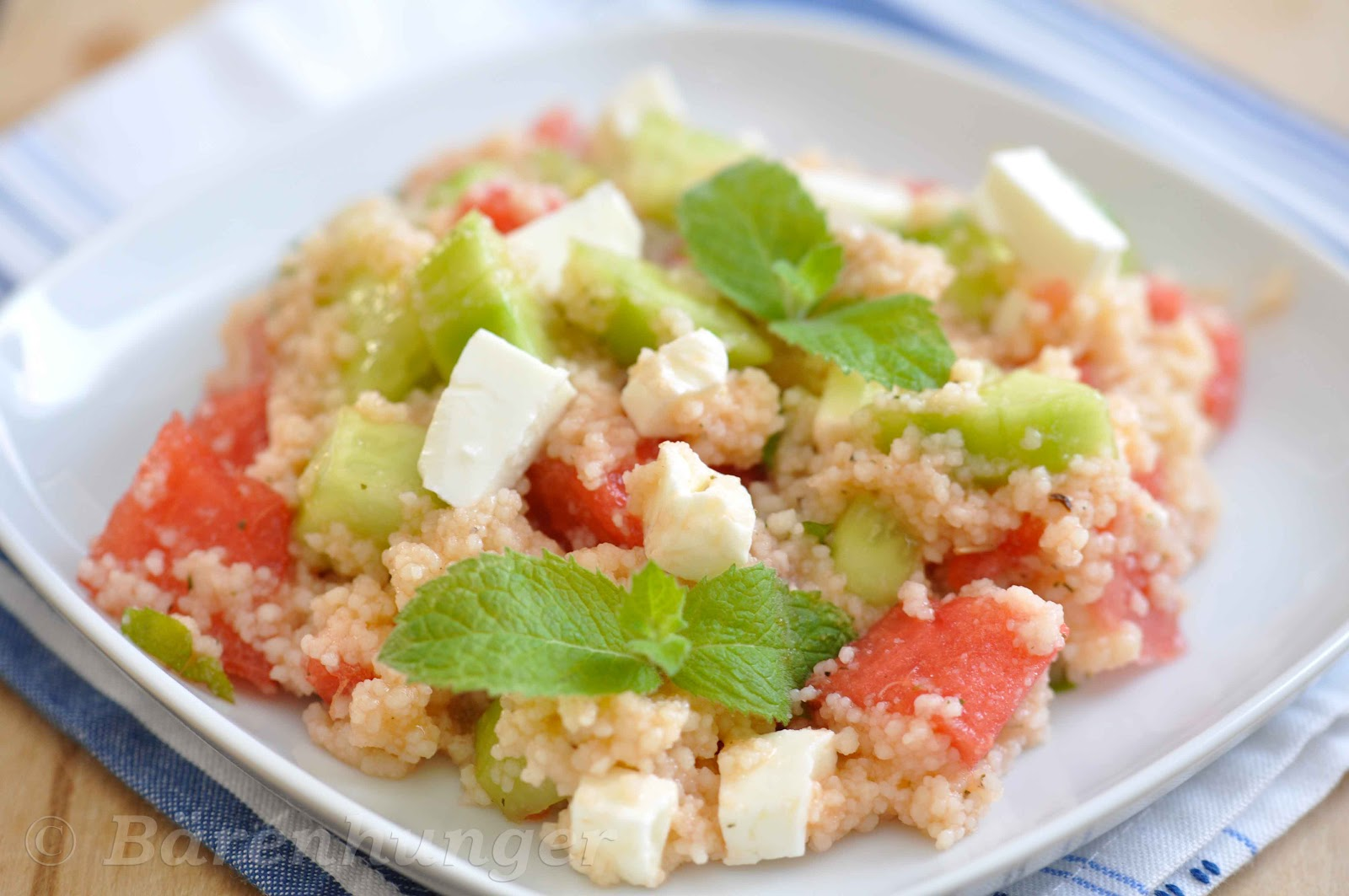 b renhunger couscous salat mit melone minze und feta. Black Bedroom Furniture Sets. Home Design Ideas