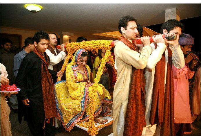 Mehndi Bride Entrance Ideas : Doli the bride s fairytale entrance dulha dulhan