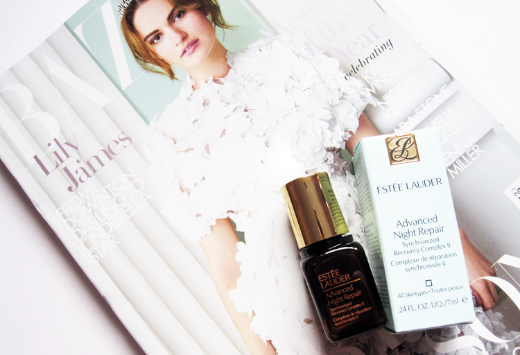 UK Magazine Freebies  Harper's Bazaar with Estee Lauder - December 2015