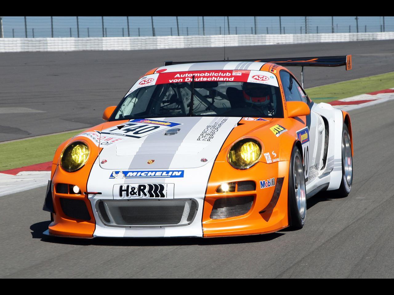 http://1.bp.blogspot.com/-cWpC1ypqvdY/TWPbKhED88I/AAAAAAAAF3A/6jLoA1ZodV8/s1600/2010-Porsche-911-GT3-R-Hybrid-Racing-2.jpg