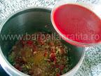 Tocana de legume cu orez si ciuperci preparare reteta - turnam sucul de rosii