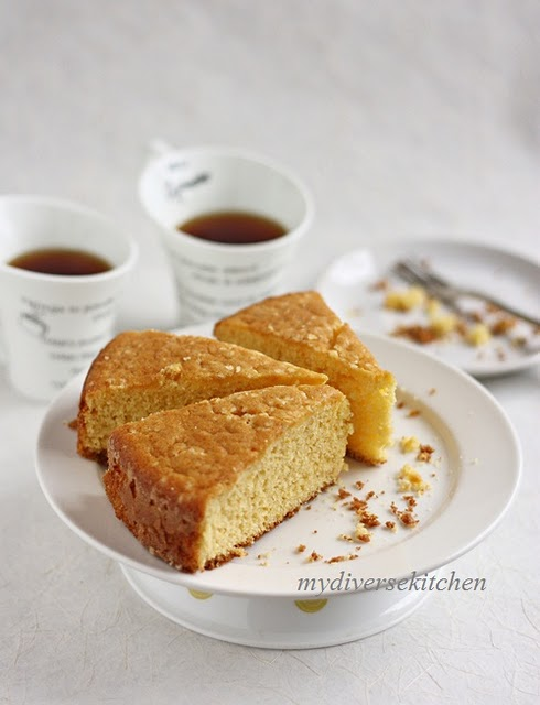 One Bowl Yellow Cake With Oil