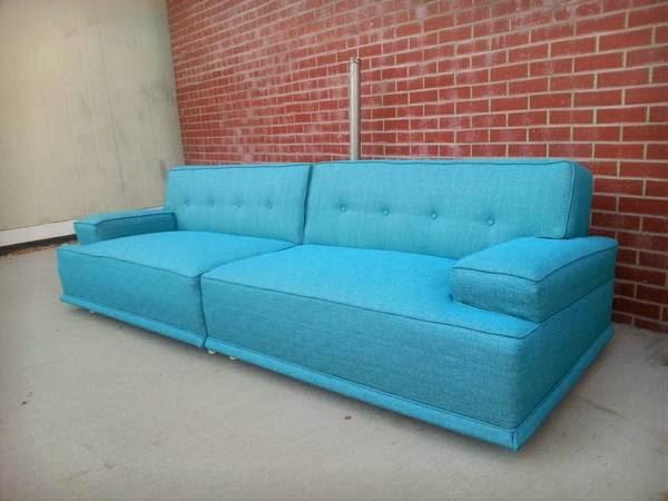 Farm girl pink kroehler sofa 39 s the turquoise ones - Turquoise sofa ...