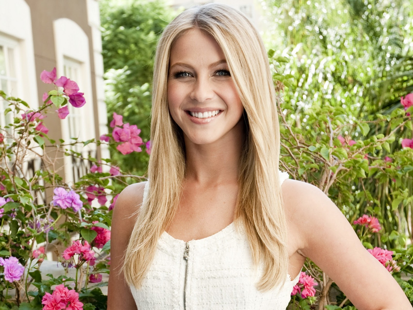 Shakira Photoshoot 2012